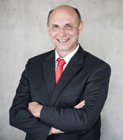 Axel Pelzer
